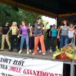 37.Zlot Orle Gniazdo w 2005 - z KIEKRZ - zakończenie - grupa teatralna100_6858